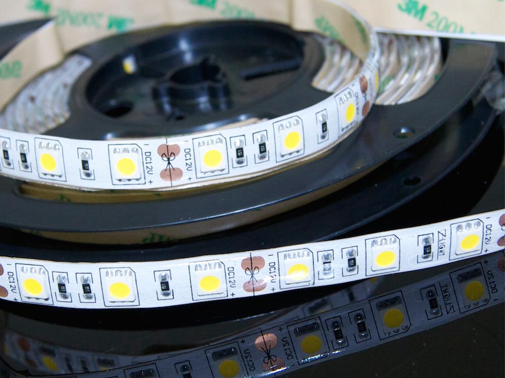 LED Band 60 x 5050 RGB – Wasserdicht