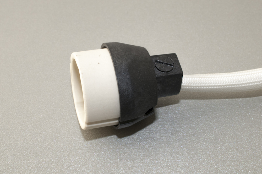 gu10 fassung sockel mit integrierter zugentlastung zf 10. Black Bedroom Furniture Sets. Home Design Ideas